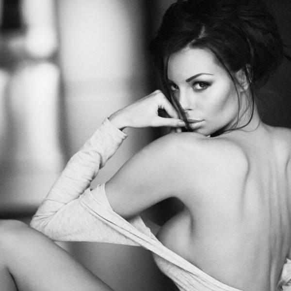 model: Justyna Gradek, makeup: Alicja Gorzkowska, Photo: Tomasz Zienkiewicz | zieniu.pl; shot at: zieniu studio, Warsaw, Poland